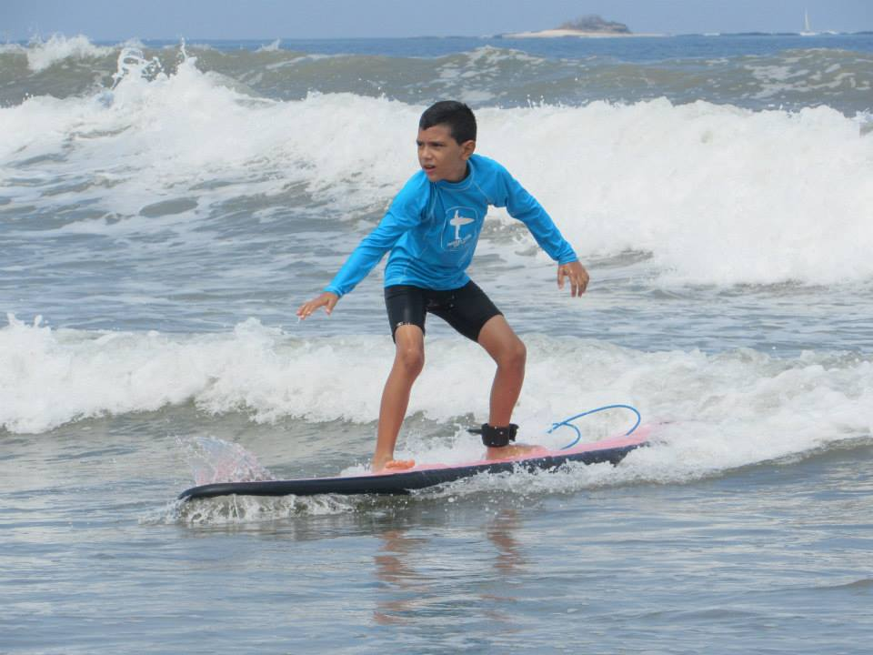 Surfing Playa Grande