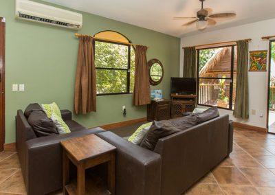Frijoles Locos Apartments Lounge Area