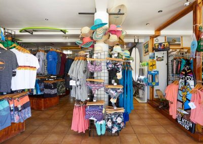 frijoles-locos-surf-shop5